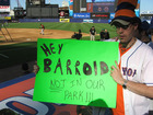 barry_bonds_sign.jpg