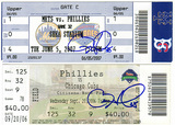 cole_hamels_autographs.jpg