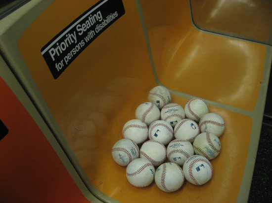 balls_on_subway.jpg