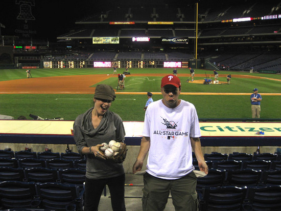 jona_steals_my_baseballs.jpg