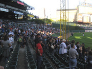 batting_practice_crowd_09_29_07.jpg