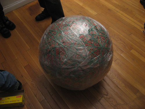Rubber_band_ball_wrapped