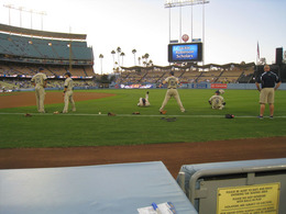padres_warming_up.jpg
