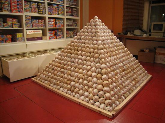 pyramid33.jpg