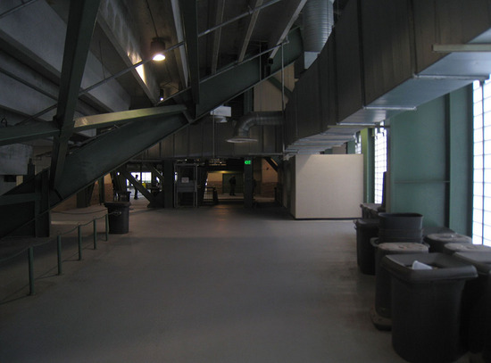 13_upper_deck_concourse.jpg