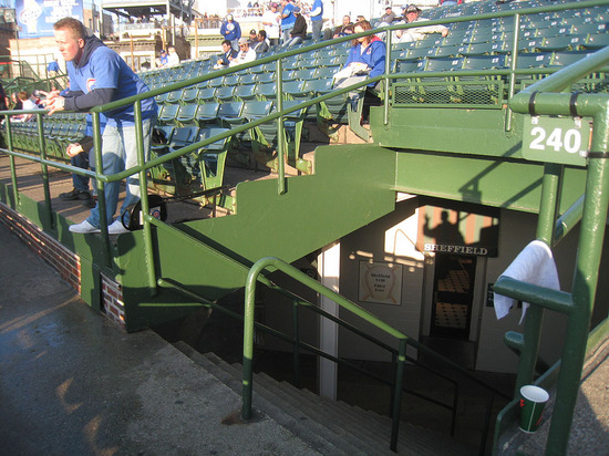 8_grandstand_to_bleachers.jpg