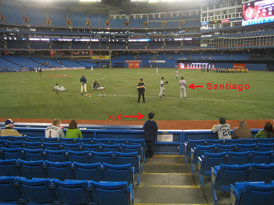 pregame_throwing_04_08_09.jpg