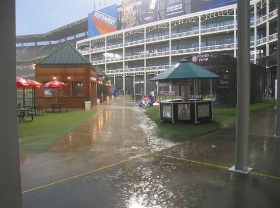 10_rain_deep_center_field.jpg