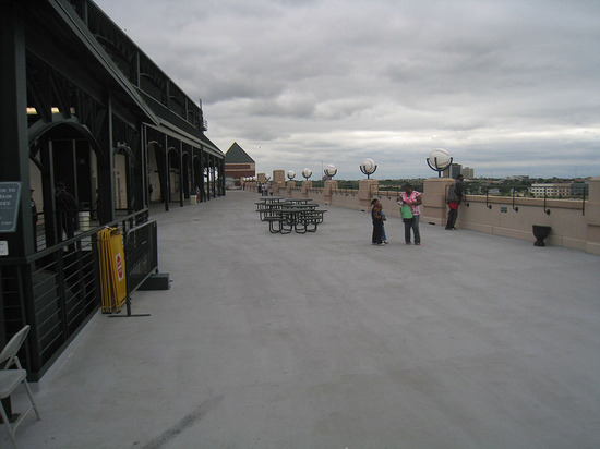 11_upper_deck_concourse2.jpg