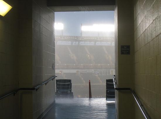 13_rain_tunnel.jpg