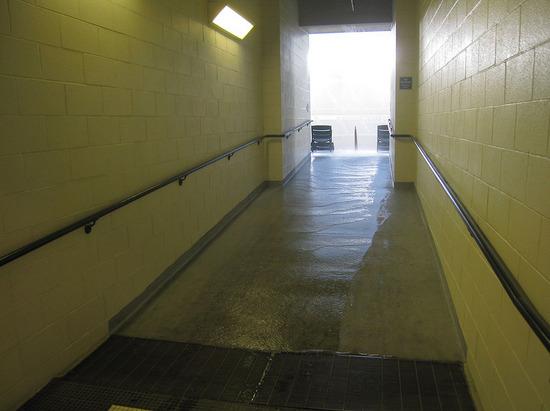 14_rain_tunnel_drainage.jpg