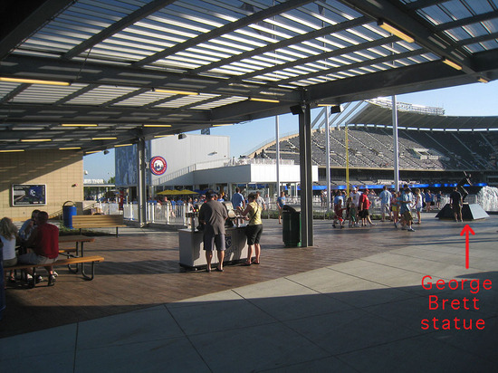 24_kauffman_stadium_outfield_concourse.jpg