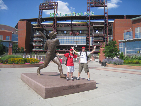 12_joe_zack_mike_schmidt_statue.jpg
