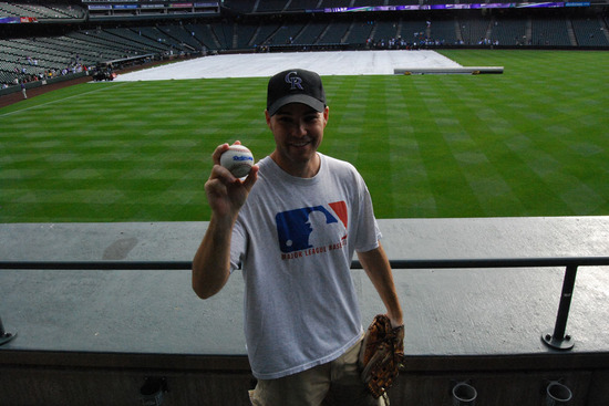 18_zack_with_ball4214.jpg