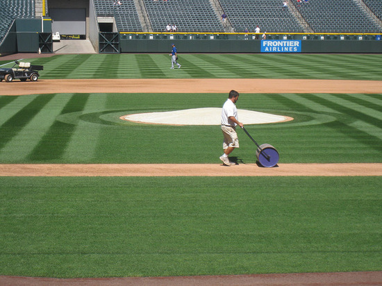 23_groundskeeper_at_work.jpg