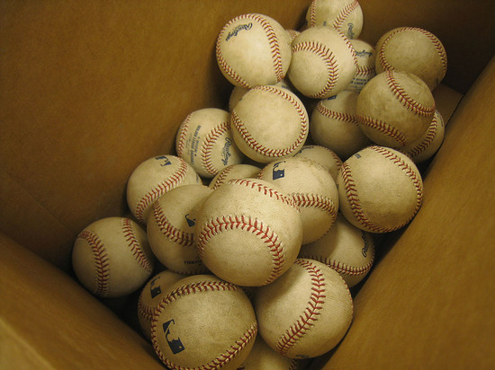 5_rubbed_balls_in_box.jpg