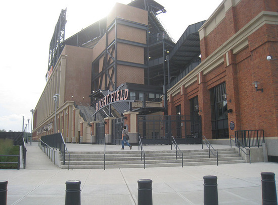 12_outside_citi_field_09_08_09.jpg