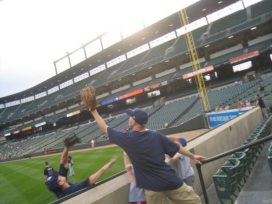 13_zack_catching_ball4279.jpg