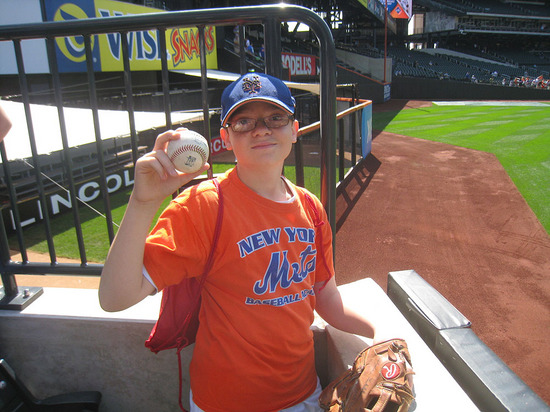 6_ross_with_1st_ball_of_the_day.jpg