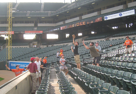 8_zack_catching_ball4244.jpg