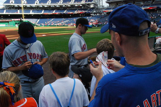 15_zack_getting_autographs.jpg