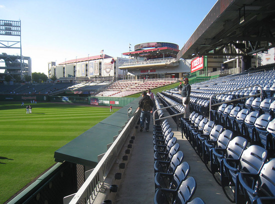 1_right_field_seats_09_29_09.jpg