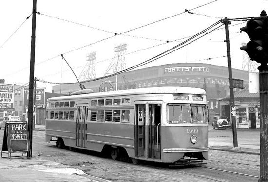ebbets17_trolley_car_1947.jpg