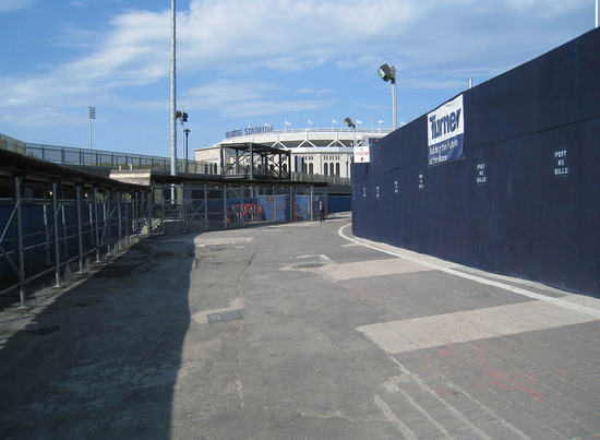 11_old_yankee_stadium_rubble.JPG