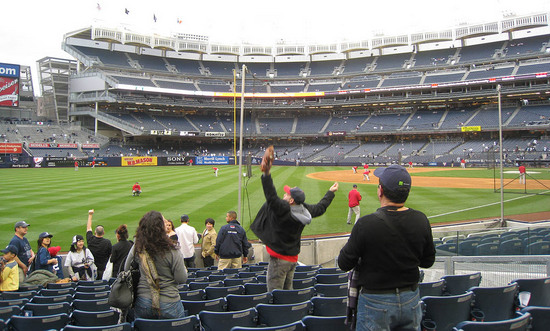 22_zack_catching_ball4376.JPG