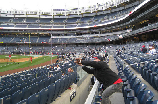 23_zack_catching_ball4377.jpg