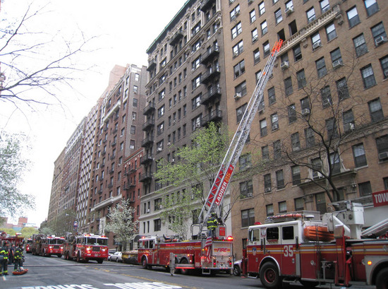 3_firetrucks_and_ladder.jpg
