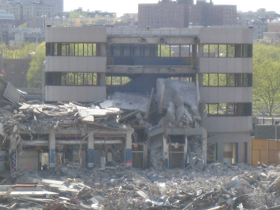 4_old_yankee_stadium_rubble.JPG