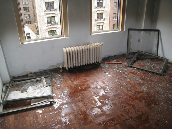 6_burnt_out_apartment.jpg
