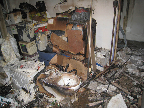 8_burnt_out_apartment.jpg