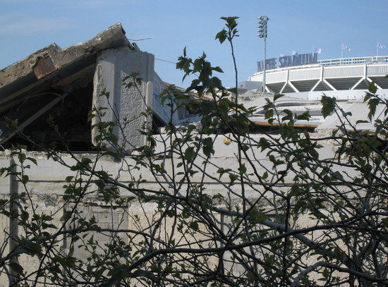 9_old_yankee_stadium_rubble.JPG