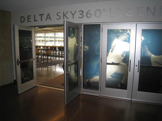 27_delta_club_entrance.JPG