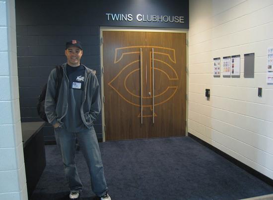 9_zack_twins_clubhouse.JPG