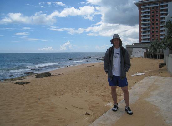 5_zack_random_lame_beach.JPG