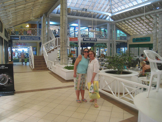 133_martha_naomi_inside_mall.JPG