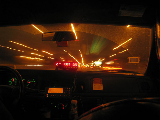 424_view_from_back_seat_in_taxi.JPG