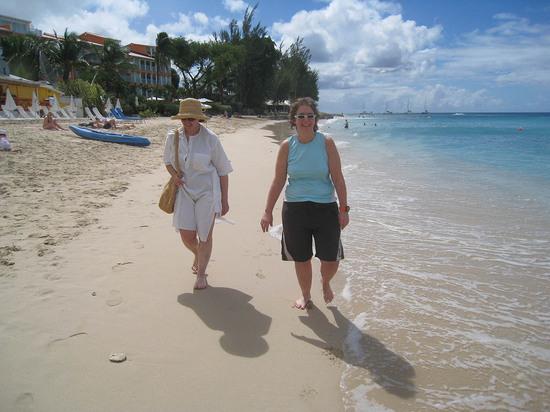 49_naomi_martha_walking_on_beach.JPG