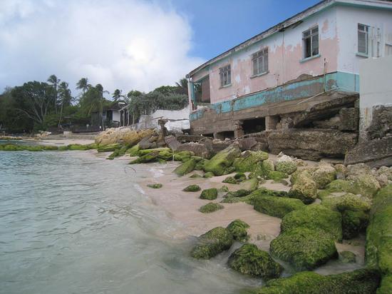 58_beachfront_property_in_ruins.JPG