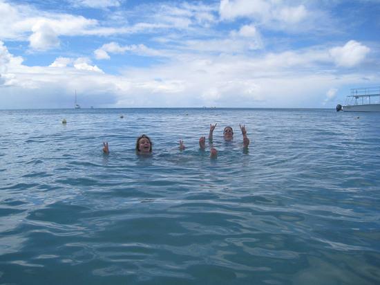 98_naomi_and_martha_swimming.JPG