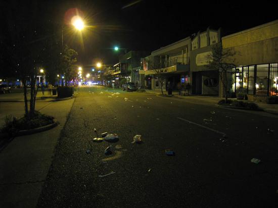 10_empty_street_after_parade.JPG
