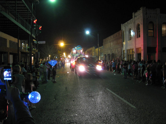 4_mardi_gras_parade.JPG