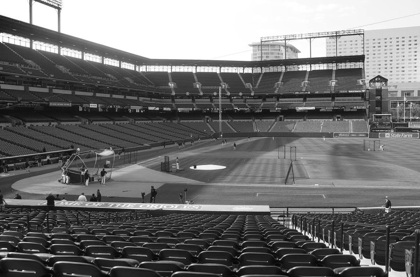 1_camden_yards_black_and_white