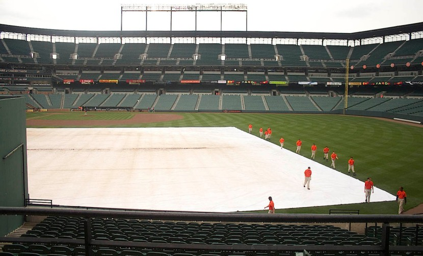 1_tarp_on_the_field_04_19_11