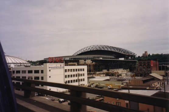 2_kingdome_and_safeco_field