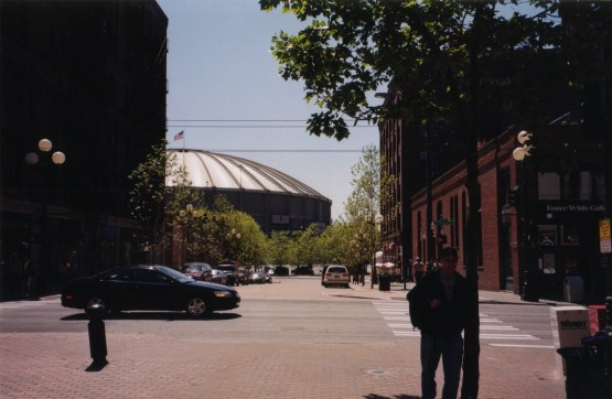 4_zack_walking_to_the_kingdome