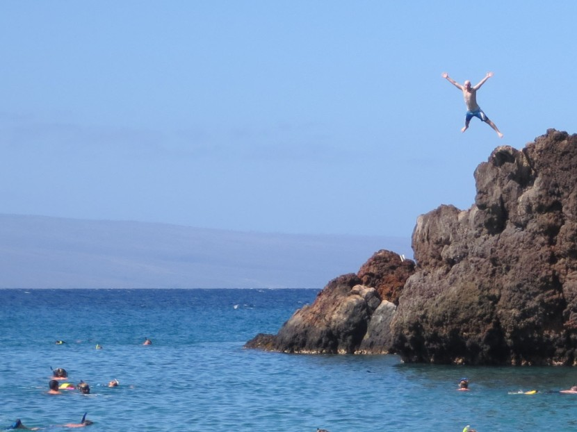 141_zack_jumping_off_the_rocks
